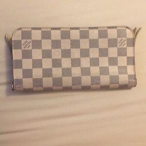 LV Daniel Azur Wallet 💯 Authentic.